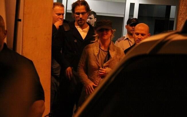 O casal foi direto para o hotel Fasano,  onde os filhos da cantora estão hospedados desde quinta-feira (10)