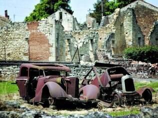 Ruínas.  O que restou do povoado Oradour-sur-Glane, na França
