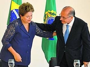 Na solenidade, Dilma e Alckmin mantiveram um diálogo de conciliação