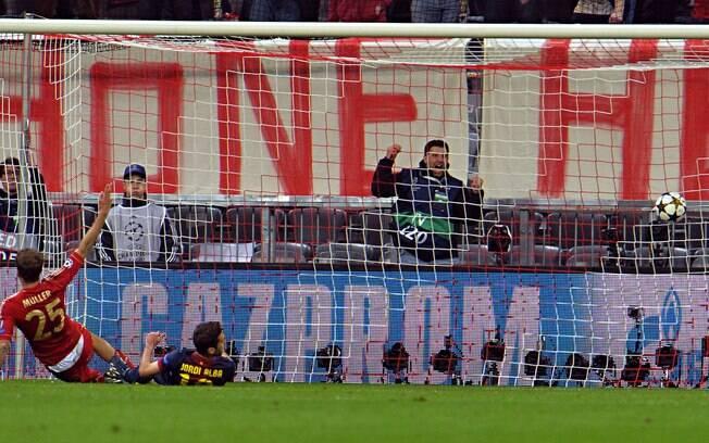Thomas Mueller fez o quarto gol e fechou a  goleada do Bayern de Munique sobre o Barcelona