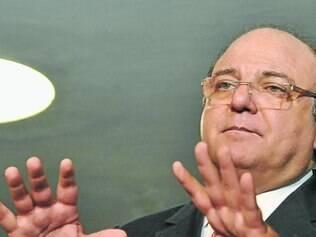 Vaccarezza disse que André Vargas nunca cogitou a renúncia