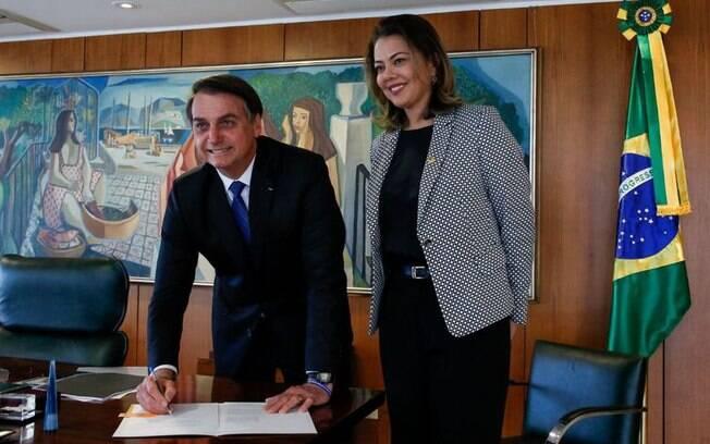 Jair Bolsonaro sancionou MP que aumenta as medidas protetivas da lei Maria da Penha