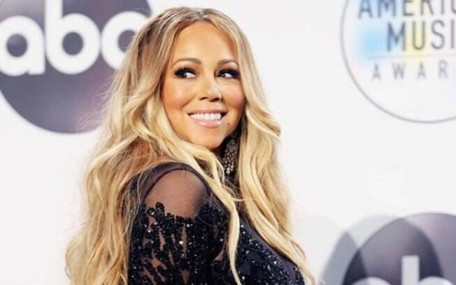 Mariah Carey tem uma das dicas de beleza mais inusitadas: tomar banho de leite para manter a pele jovem e hidratada
