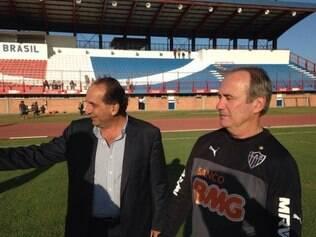 Levir Culpi começou os trabalhos à frente do Atlético nesta sexta-feira, em Porto Alegre