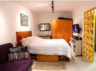 A arquiteta Lívia Cavalca integrou os ambientes e valorizou os espaços livres