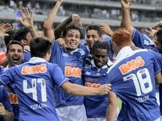 De olho no tricampeonato Brasileiro, Raposa chega na metade da competição como a melhor equipe da disputa nacional