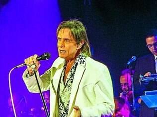 Rei canta músicas em cinco idiomas na edição deste ano