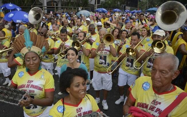 Tradicional na festa, Banda de Ipanema toma as ruas da cidade nesta terça-feira