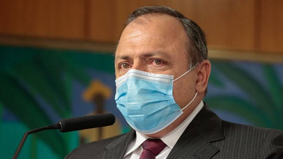 Ministro da Saúde reconhece momento crítico da pandemia no Brasil