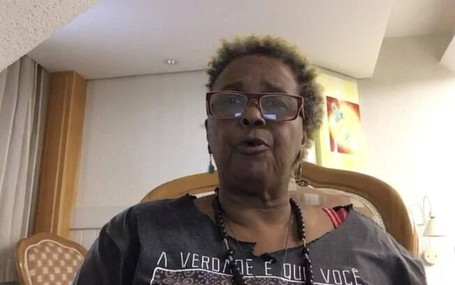 Cantora Sandra de Sá enfrenta ação de despejo e desabafa sobre o assunto, além de apontar problemas na casa