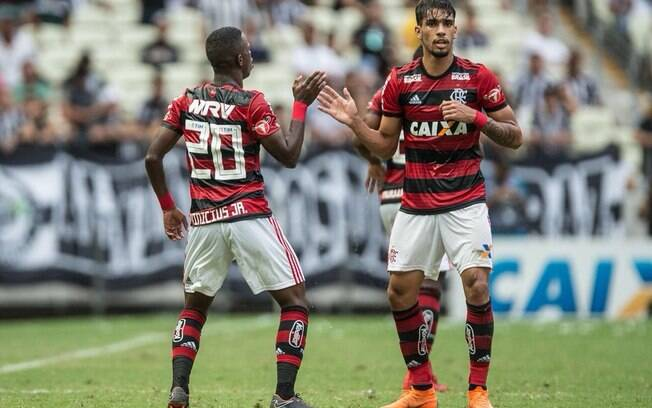Vinícius Júnior e Lucas Paquetá fizeram grande jogo para dar vitória para o Flamengo diante do Ceará pela terceira rodada do Brasileirão