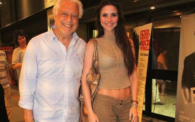 Antonio Fagundes e a namorada Alexandra Martins