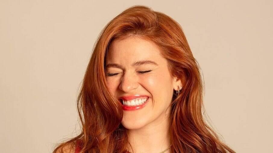 Ana Clara completa 24 anos