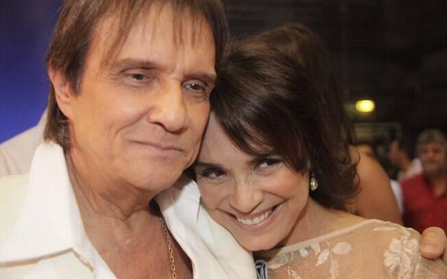 Roberto Carlos e Regina Duarte nos bastidores das gravações da campanha de fim de ano da TV Globo