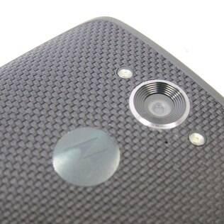 Câmera traseira do Moto Maxx tem 21 megapixels e Flash de LED duplo