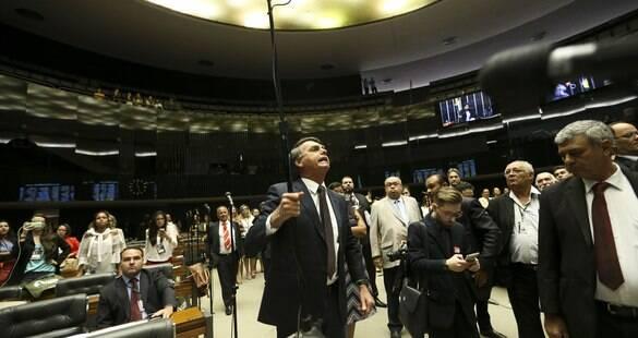 Conselho de Ética faz nova tentativa <br>de votar processo contra Bolsonaro