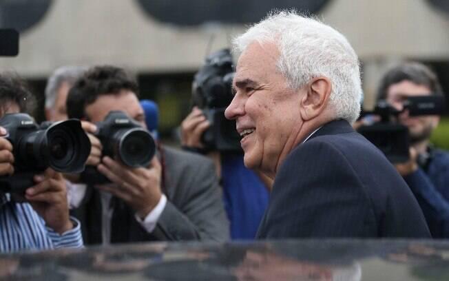 Segundo a Petrobras, o objetivo é levar a competência para aprovar privatizações a seu Conselho de Administração