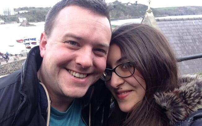Llia conheceu Phil pelo Twitter e hoje são marido e mulher