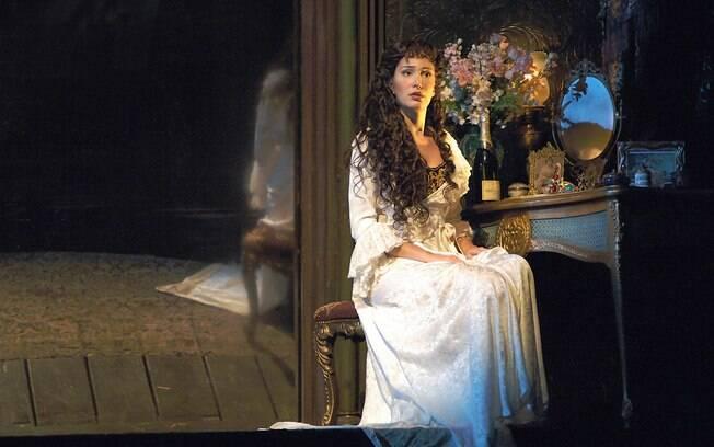 Sara Sarres como Christine
