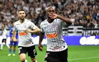 Corinthians domina o jogo e vence CSA em casa com gol de Vagner Love