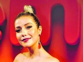 """Luiza também vem atuando no """"The Voice Brasil"""" como auxiliar"""
