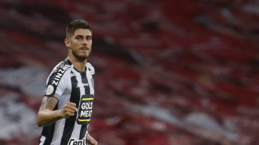 Pedro Raul está de saída do Botafogo