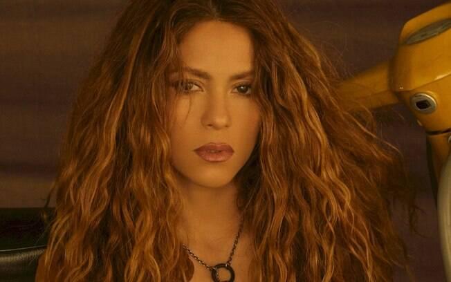 """Shakira lança o remix de """"Don't Wait Up"""" assinado por DJ Riton"""