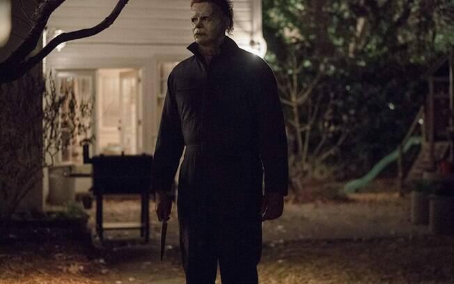 Michael Myers está de volta ação e em uma noite de Halloween