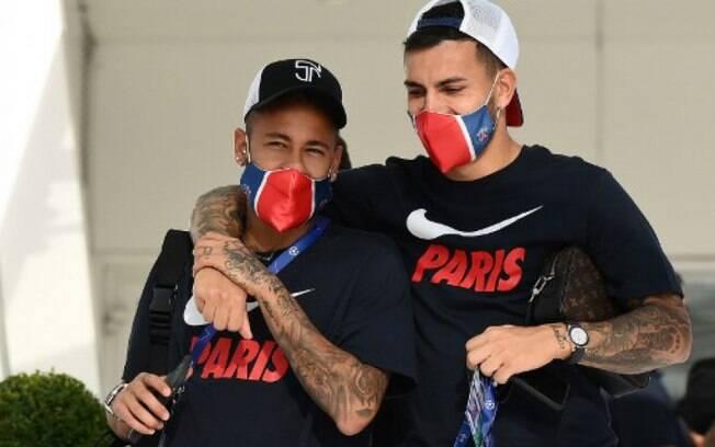Neymar volta aos treino