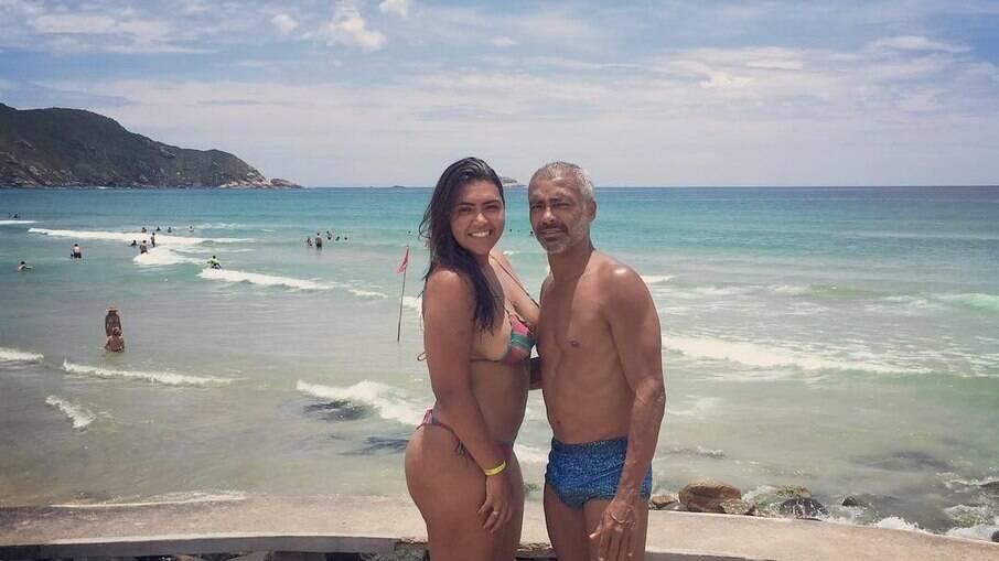 Filha de Romário tem carro roubado com acervo de fotos do pai dentro