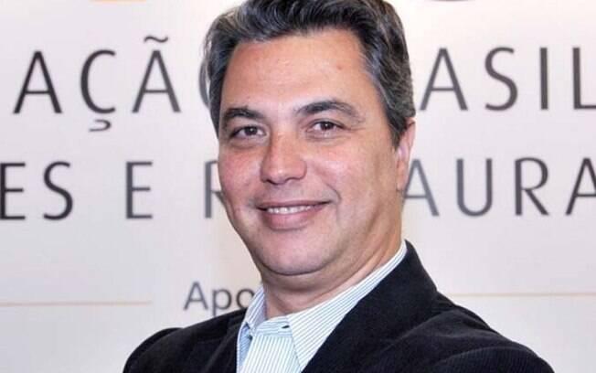O presidente da Abrasel, Paulo Solmucci, fez convocações nas redes sociais