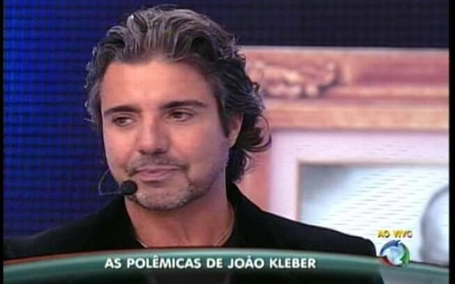 João Kleber participa do Programa do Gugu