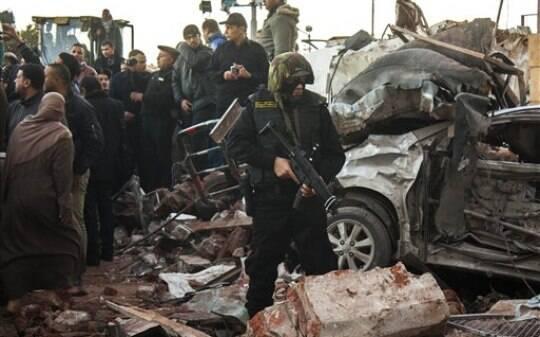 Governo egípcio declara Irmandade Muçulmana como 'grupo terrorista' - Mundo Árabe - iG