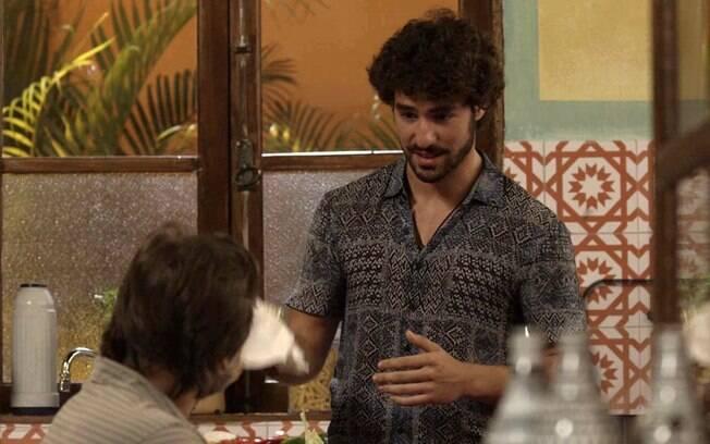 Juan (José Condessa) e Mário (Murilo Rosa)