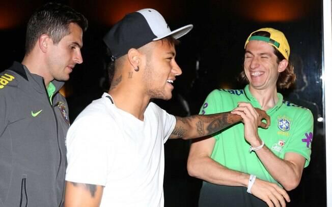 Neymar e Filipe Luis