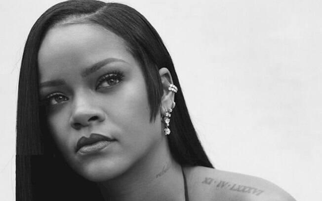 """Rihanna diz que está """"se divertindo"""" nas gravações de seu novo álbum"""
