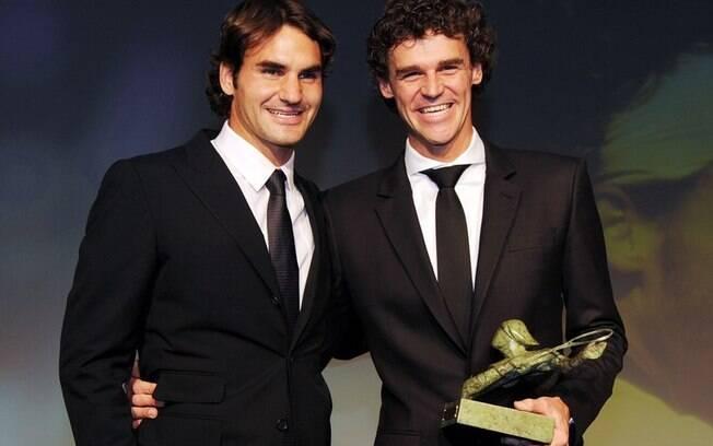 Guga convidou Roger Federer para fazer uma 'duplinha' em torneio de tênis no Brasil