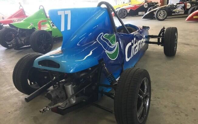 Eis o primeiro Fórmula Vee com suspensão independente nas rodas traseiras