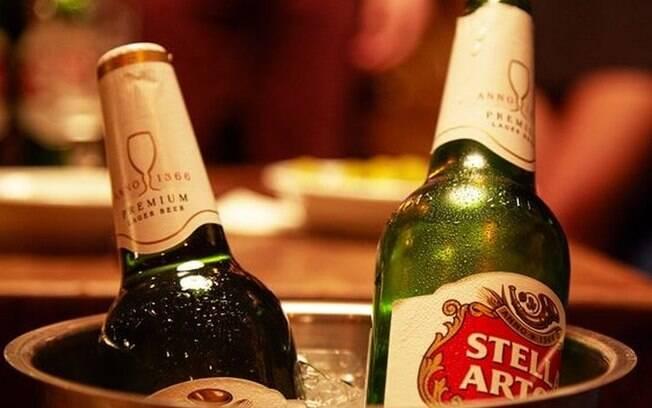 Stella Artois criou página para consumidores verificarem se compraram produtos dos lotes possivelmente afetados
