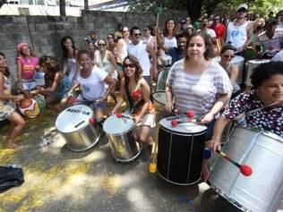 Cidades - Ensaio do Bloco das Baianas Ozadas que sai no  Carnaval de Belo Horizonte 2015  no dia 16 de fevereiro . Foto: Alex de Jesus/O Tempo 10/01/2015