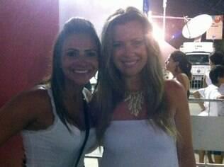 Marcia Valenza e Beatriz Barroso, de Curitiba: calcinhas branca e vermelha no réveillon de Copacabana