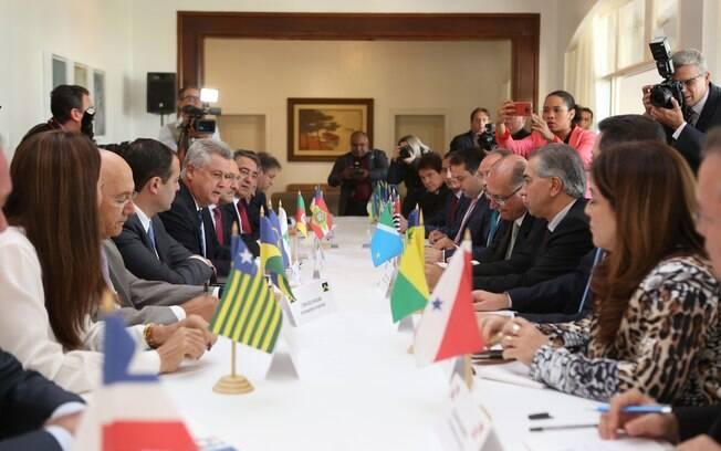 Governadores participaram de reunião na Residência Oficial de Águas Claras