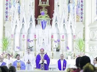 Centro-Sul.Dom Walmor Azevedo presidiu missa na Paróquia Nossa Senhora da Boa Viagem