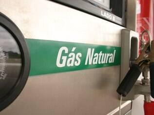 GNV tem menor custo por quilômetro rodado em São Paulo. Apenas R$ 0,15, ou seja, para rodar 100 kms, gasta-se apenas R$ 15, ante R$ 29 com etanol e R$ 32 com gasolina