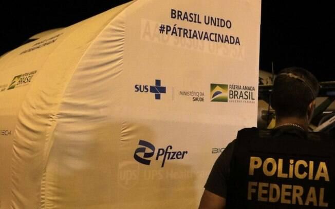 Viracopos, em Campinas, recebe novo lote de Pfizer na noite desta quarta-feira