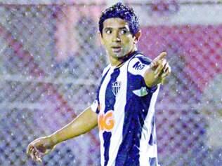 Titular. Com a ausência de Ronaldinho Gaúcho, Guilherme (foto) terá agora todas as chances de mostrar seu futebol