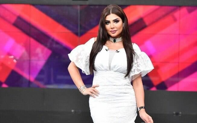 Apresentadora Amal Al-Awadhi é demitida após usar roupa 'inapropriada' durante o Ramadã