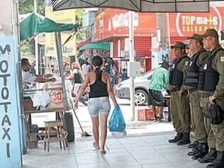 Após mortes de policial (destaque) e civis, PM intensificou patrulha