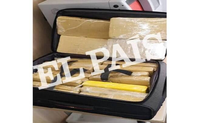 Agentes ficaram 'estupefatos' por sargento não ter tentado camuflar a cocaína na bolsa