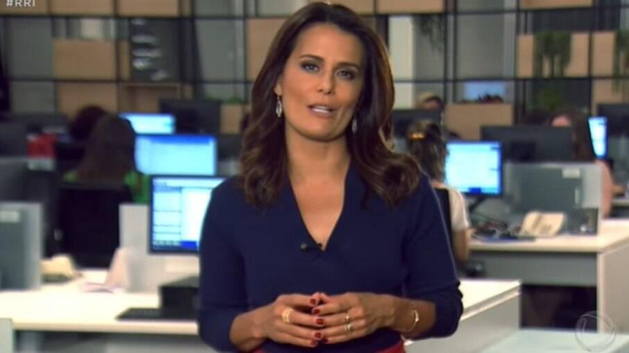 Adriana Araújo processa a Record